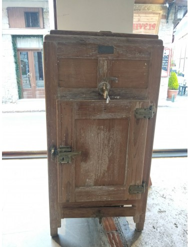 Handmade vintage fridge