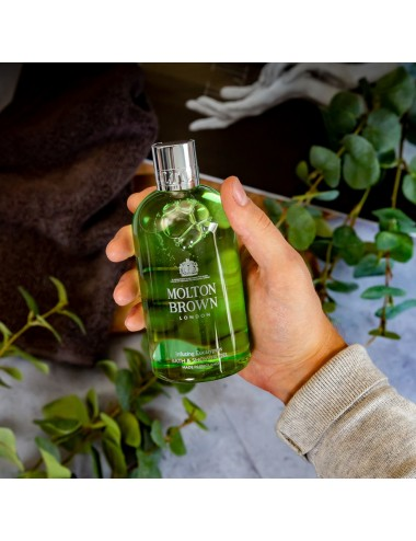 Molton Brown Infusing Eucalyptus Shower gel